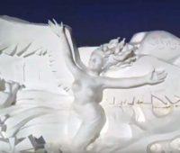 Γιγάντιο γλυπτό από χιόνι για τους Χειμερινούς Ολυμπιακούς του 2022