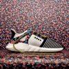 Βερολίνο: Ουρές για την απόκτηση των «μαγικών» παπουτσιών με κάρτα απεριορίστων διαδρομών για το μετρό