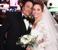 Η Μαρία Μενούνος παντρεύτηκε σε ζωντανή σύνδεση στην Time Square