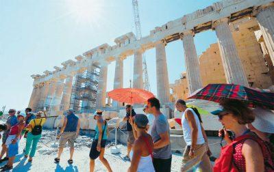 Ρεκόρ τουριστικών αφίξεων το καλοκαίρι η Ελλάδα