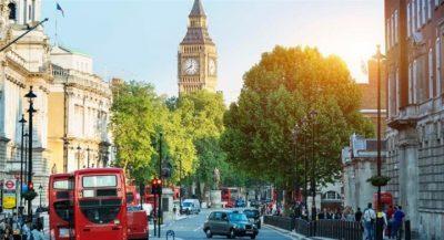 Βρετανία: Ερχεται το παρκάρισμα... εξ αποστάσεως